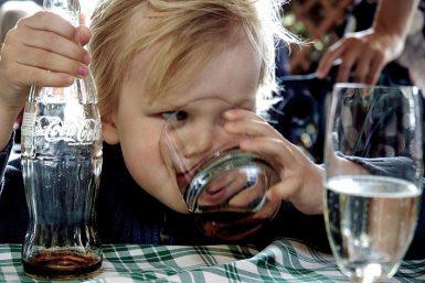 babies drink coke